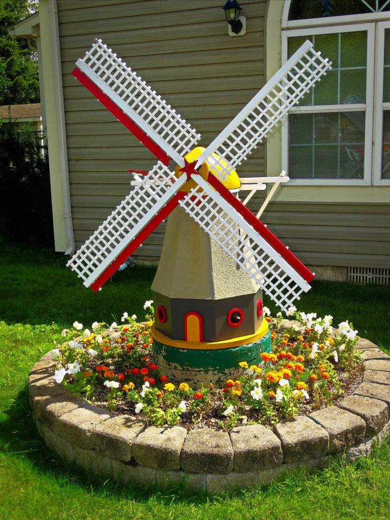 Dutch Heritage- Amsterdam Inn & Suites Sussex New Brunswick