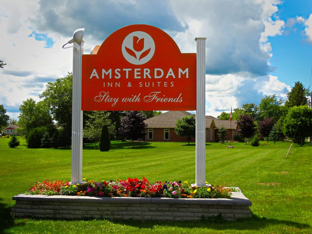 Sussex NB- Amsterdam Inn Entrance