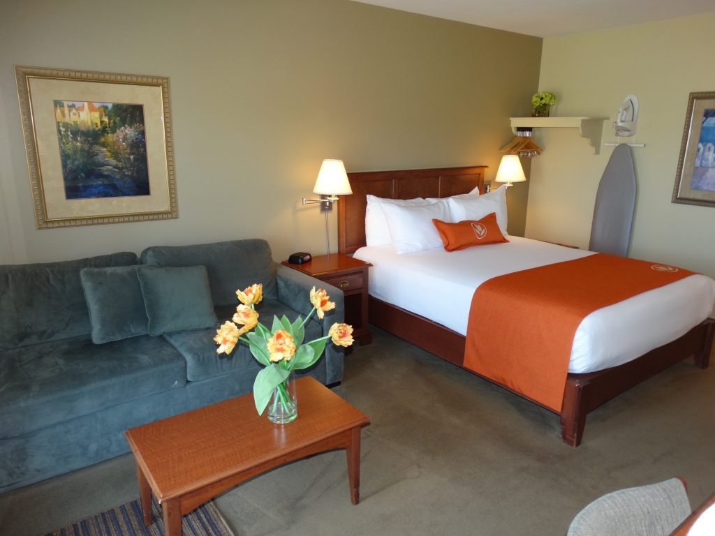 Cheap Moncton New Brunswick Suite